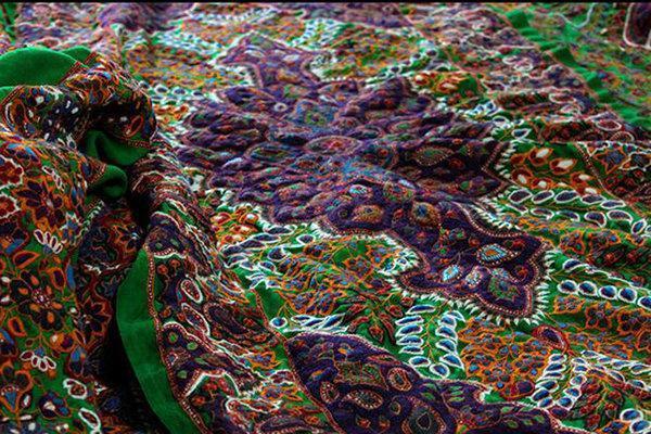 تمامی هنرمندان صنایع دستی استان کرمان بیمه می شوند