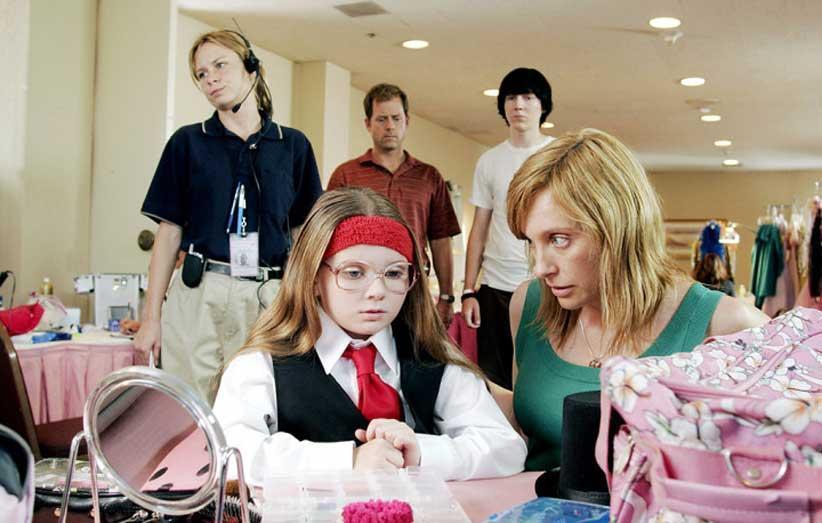 معرفی فیلم لیتل میس سان شاین؛ این خانواده کوچک دیوانه دوست داشتنی