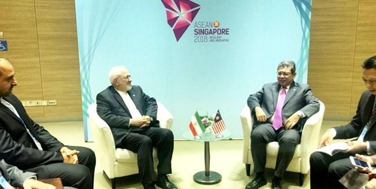 گفت وگوی ظریف و وزرای خارجه مالزی و ویتنام در سنگاپور