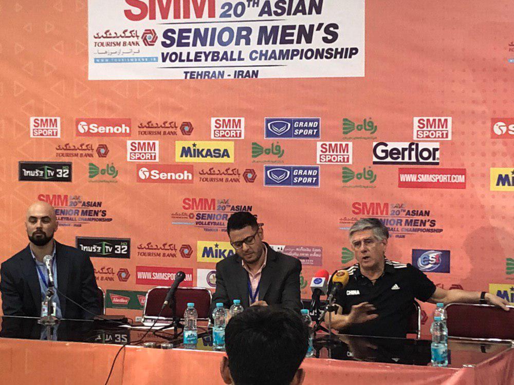 برگزاری نشست خبری سرمربیان تیم های ملی والیبال ایران و چین