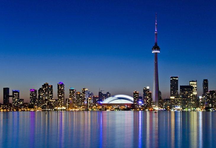 آشنایی با برج CN تورنتو کانادا