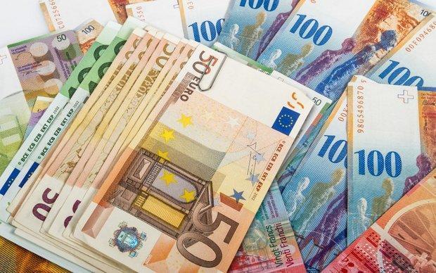 بازگشت یورو به کانال 50 هزار ریال، دلار ثابت ماند