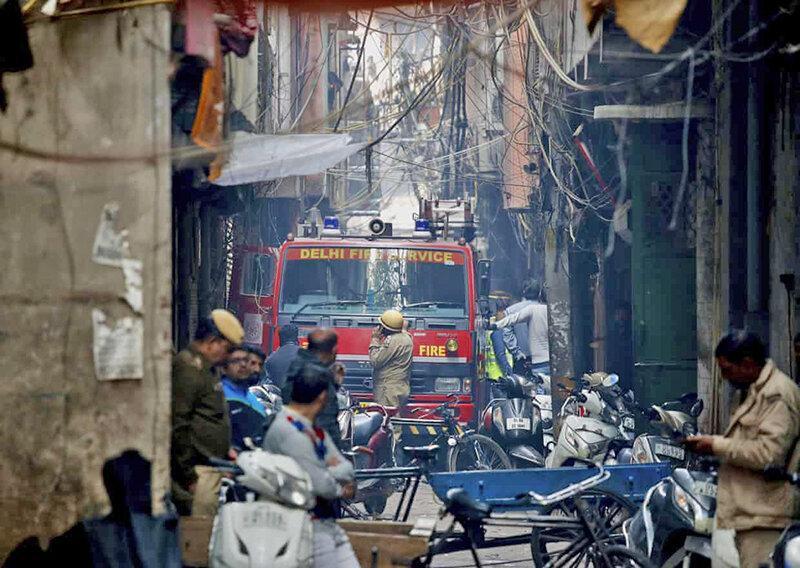 43 کشته در آتش سوزی مهیب بافت فرسوده دهلی