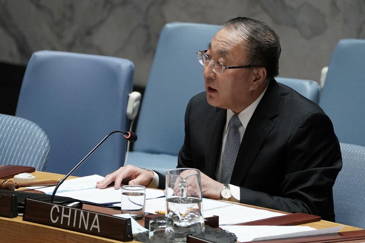 خبرنگاران چین خواهان لغو تحریم های یکجانبه علیه سوریه شد