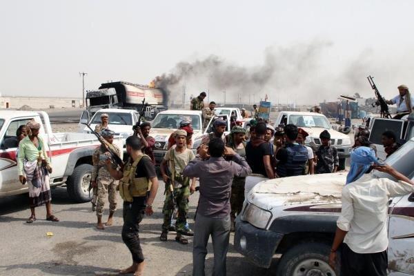 درگیری میان مزدوران امارات و عربستان در بندر بلحاف یمن شدت گرفت