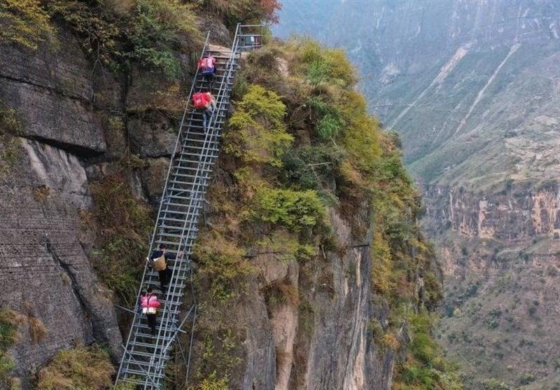 نگاهی به دهکده پرتگاه ها در چین با ارتفاع 800 متر