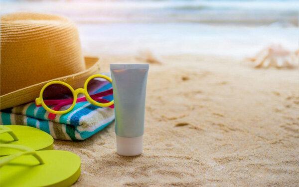 راهنمای کامل کرم های ضدآفتاب و نحوه مراقبت از پوست ، هر آنچه باید برای حفاظت از پوست خود بدانید