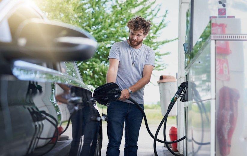 چرا بعضی افراد عاشق بوی بنزین هستند؟