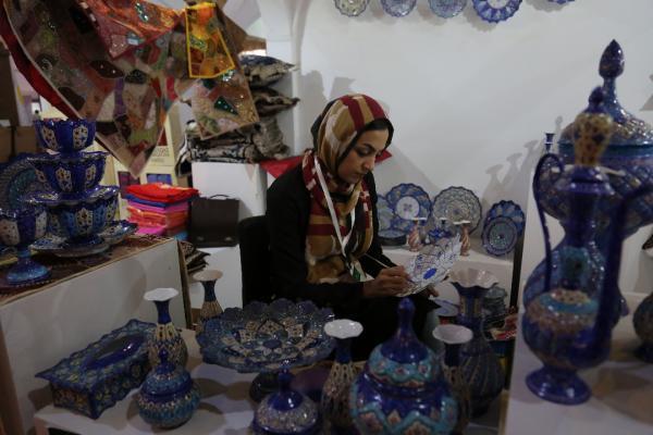 40 درصد از کارآفرینان و تسهیل گران بنیاد برکت را زنان و دختران تشکیل می دهند